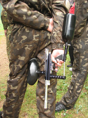 paintball weapon