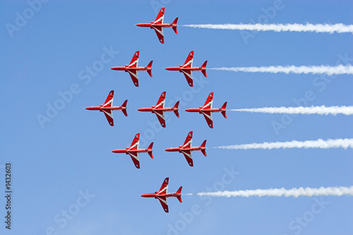 red arrows diamond formation