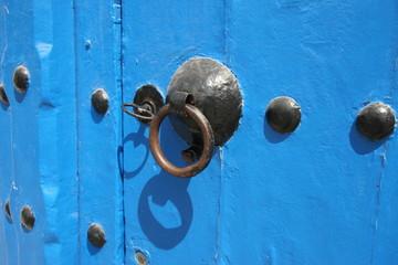 tunesien, sidi bou said - tür mit schlüssel