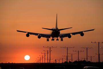 sunset jet landing 3