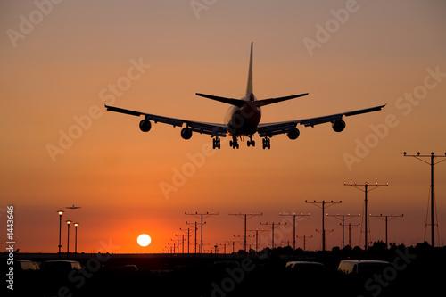 sunset jet landing 2 - 1443646
