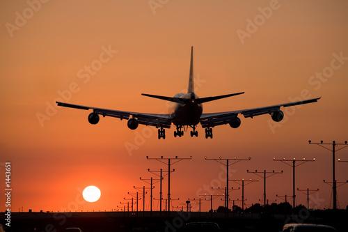sunset jet landing 3 - 1443651