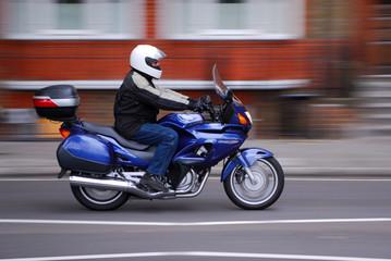 moto en pleine course