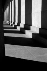 columb shadows