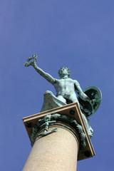 maritime statue 01
