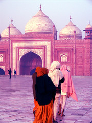 pilgrimage to the taj mahal