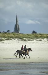 chevaux sur la plage de goulven