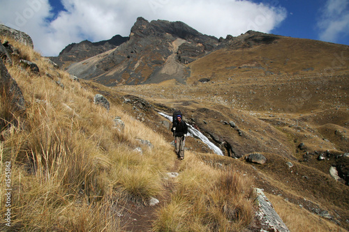 hiking in cordilleras