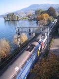 voie rapide longeant le lac de zurich poster