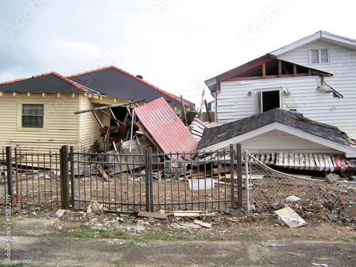 houses damaged by hurricane katrina - 1582209