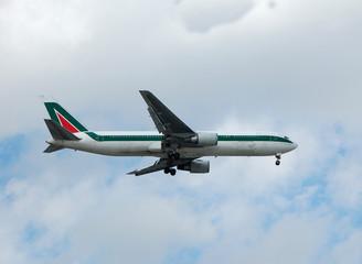 boeing 767-300 long range jet