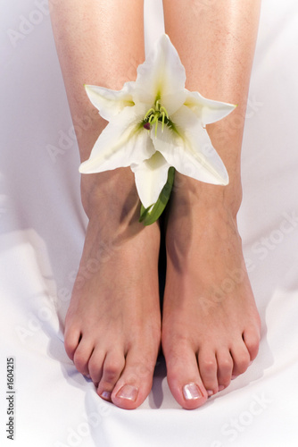 girl feet and madonna lily t-shirt