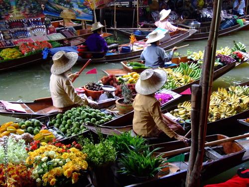floating market in bangkok2