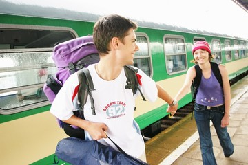 couple travelling