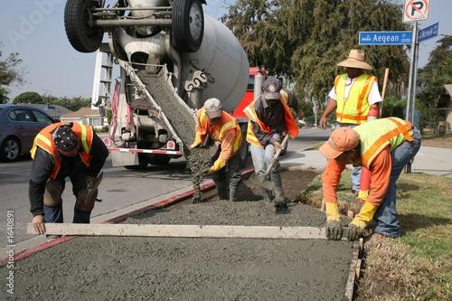 finishing concrete - 1640891