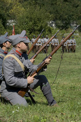 soldiers in shooting position