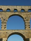 étages du pont du gard poster