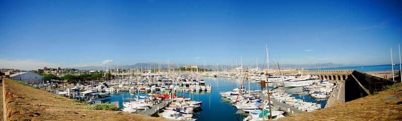 port d'antibes (france).