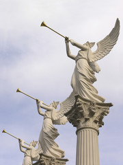 caesers palace trumpet angels