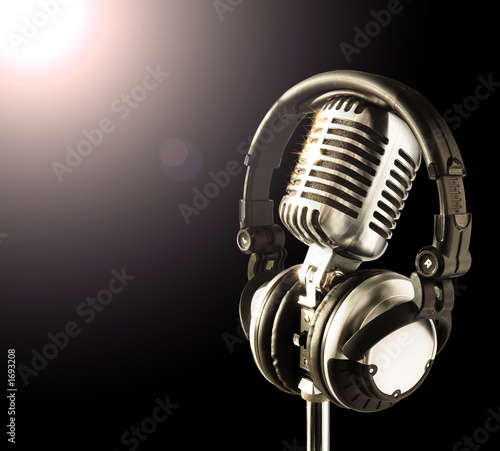mic&headphones in spotlight