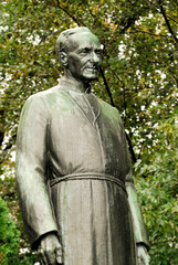 statue of brother andre (1463)
