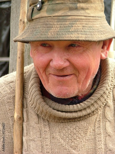 old man with a hat