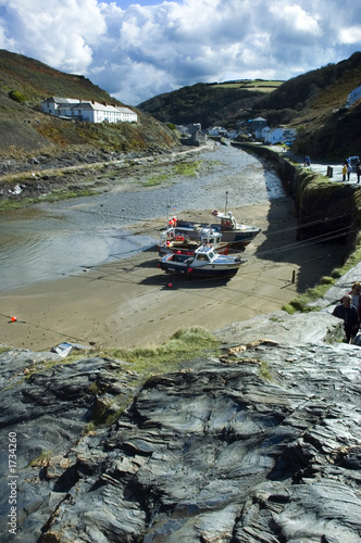inner harbour, boscastle