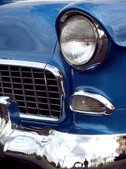 1955 u.s. classic car front end with chrome bumper