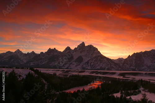 canvas print picture fire on snake river