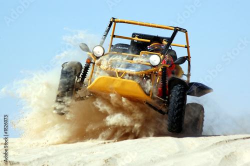 Fotobehang Motorsport saut buggy