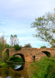 pont en ruine poster