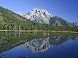 reflection on string lake