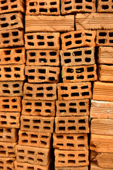 pila de ladrillos - pile of bricks