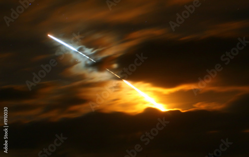 canvas print picture space shuttle discovery night launch