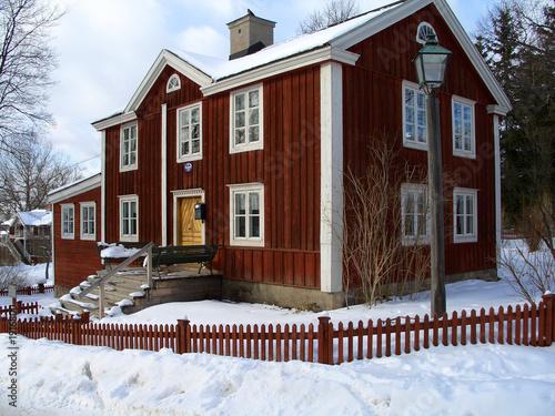 schwedisches haus von mente, lizenzfreies Foto #1916800 ...