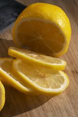 sliced lemon 2
