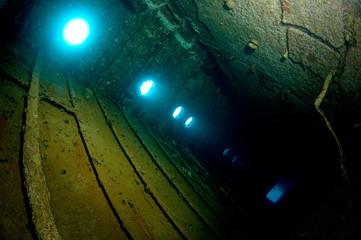 inside wreck hilma bonaire