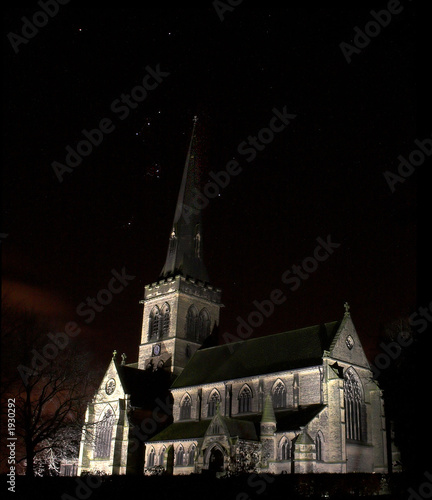wentworth church at night