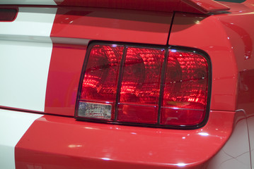 2006 mustang gt tail light