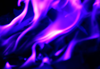 feu flamme bleu violet