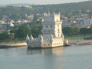 lisbon/castle
