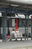 attente en gare poster