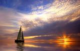 Fototapeta Żeglować przy zachodzie słońca