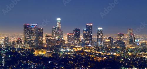 los angles skyline at night