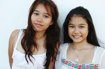pretty thai sisters