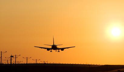 sunset jet landing 5