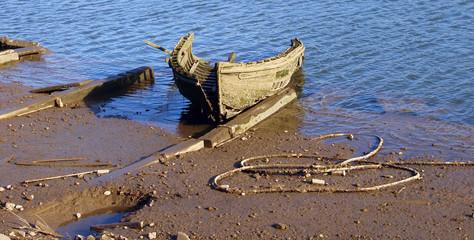 esqueleto de una barca