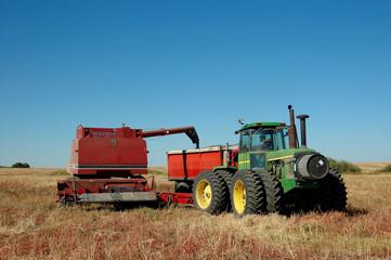 pull combine dumping grain