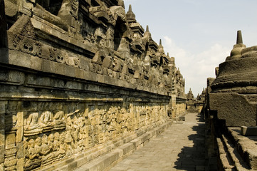 the walls of borobudur