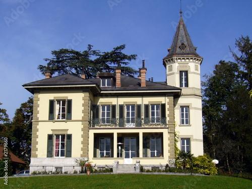 château tour de peilz